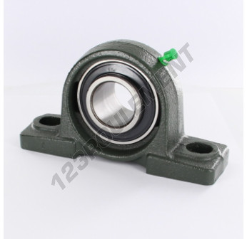 UCP207 - 35 mm